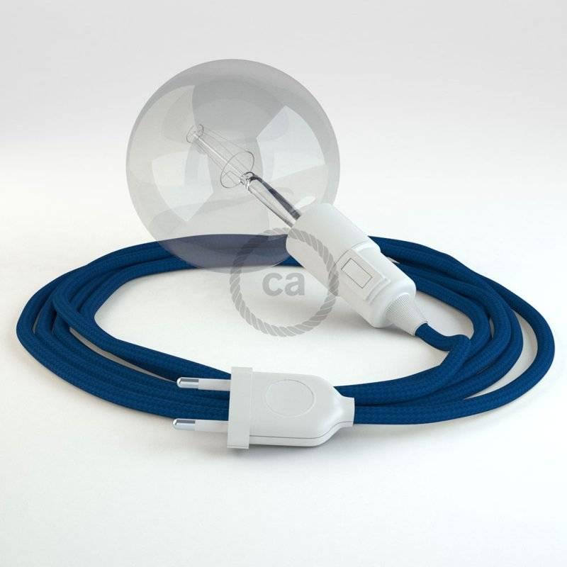 Créez votre Snake Effet Soie Bleu RM12 et apportez la lumière là où vous souhaitez.