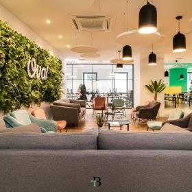 #BeCreative: Un espace de travail multifonctionnel pour connecter les gens